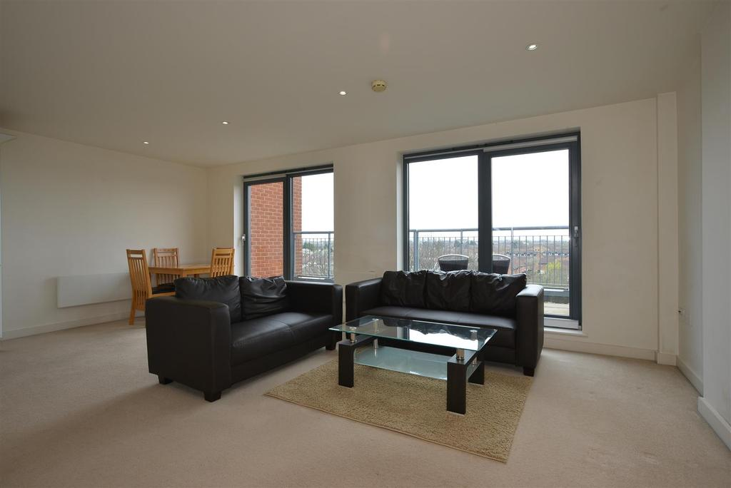 2 Bedrooms Penthouse Flat for sale in Vista House, Colliers Wood, SW19