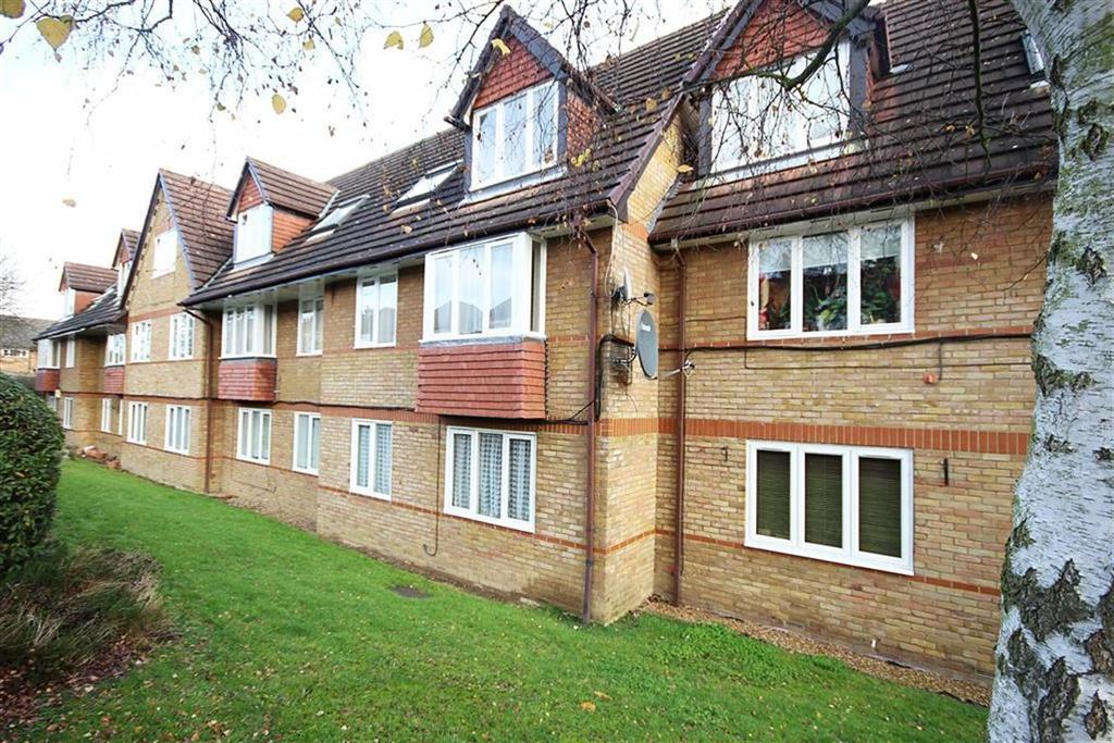 1 Bedroom Flat for sale in Botany Close, Barnet, Hertfordshire
