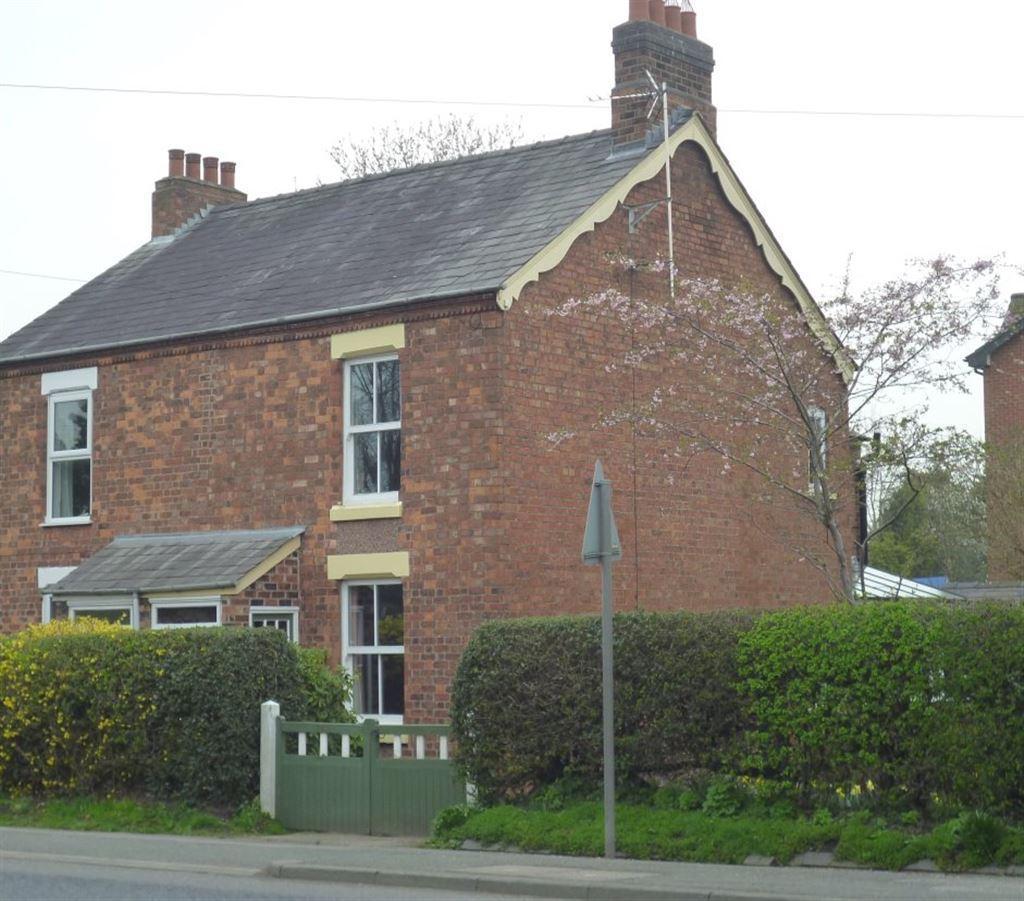 2 Bedrooms Semi Detached House for rent in Warrington Road, Cuddington