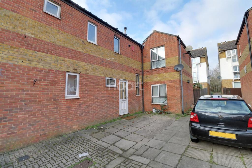 3 Bedrooms End Of Terrace House for sale in Bradwell Common