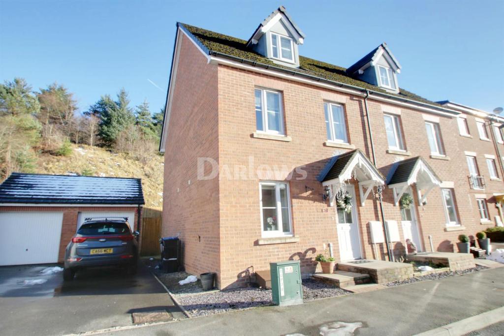 3 Bedrooms Semi Detached House for sale in Heol Cae Ffwrnais, Ebbw Vale, Blaenau Gwent
