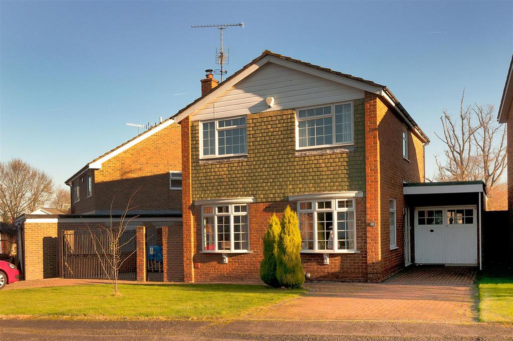 4 Bedrooms Detached House for sale in The Greenways, Paddock Wood