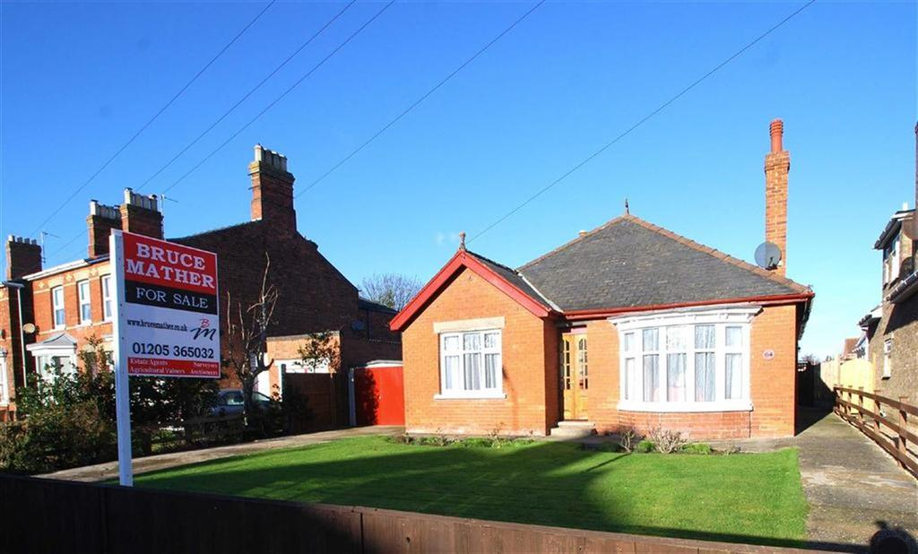 3 Bedrooms Detached Bungalow for sale in Tower Road, Boston