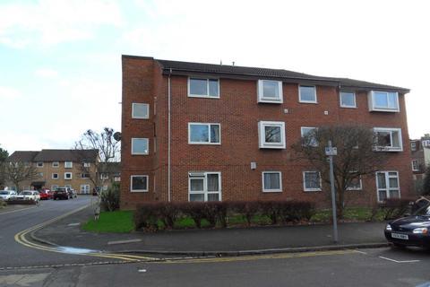 2 bedroom flat to rent - Henfield Road, London