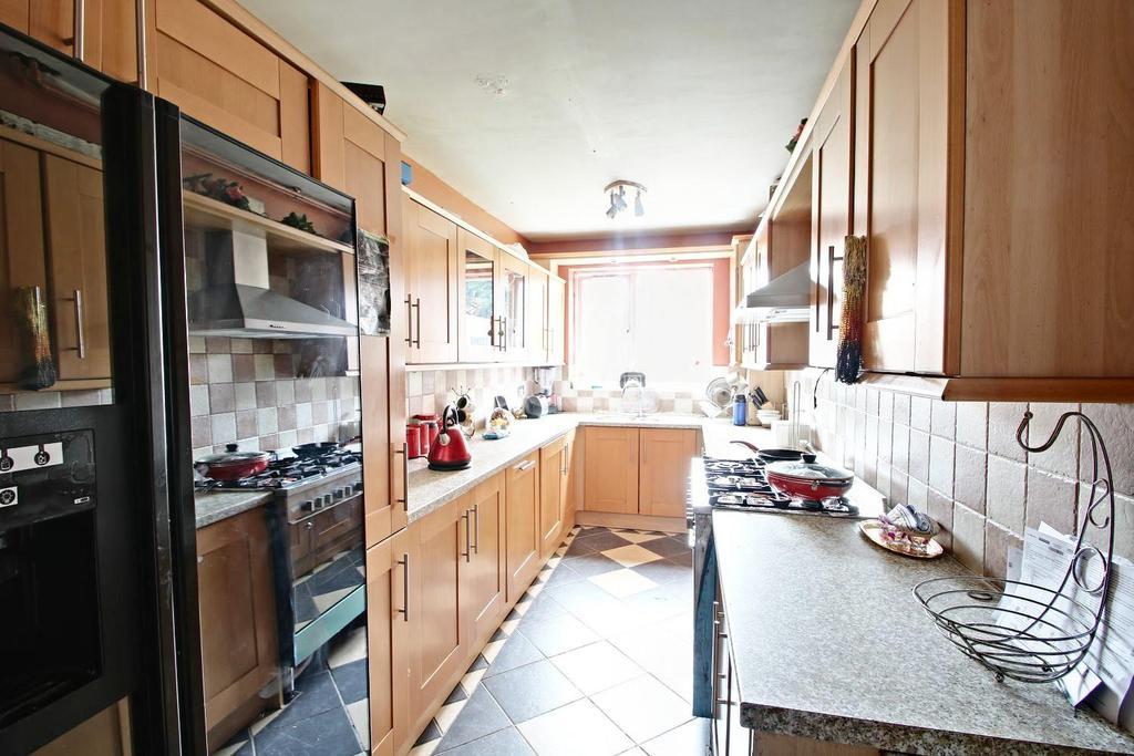 4 Bedrooms Detached House for sale in Grassington Road, Aspley