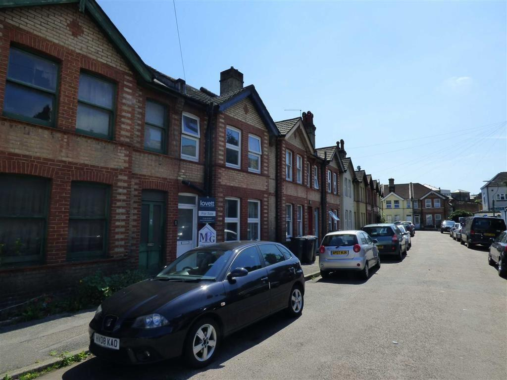 1 Bedroom House for rent in Corporation Road, STUDENTS Springbourne, Bournemouth, Dorset, BH1
