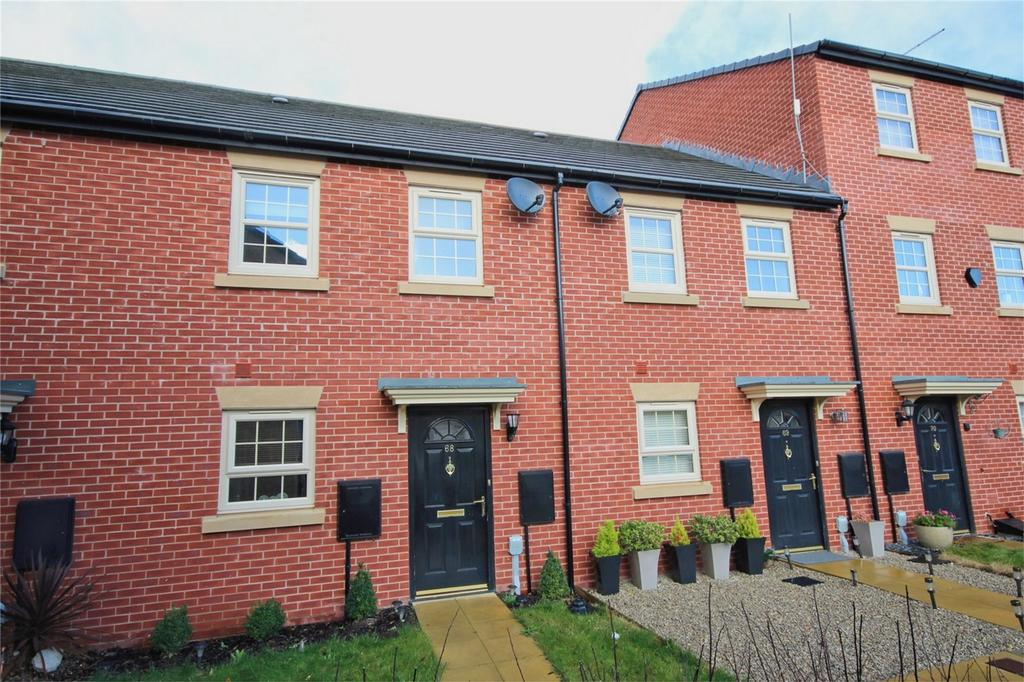 3 Bedrooms Terraced House for sale in Boothferry Park Halt, Hull, East Riding of Yorkshire