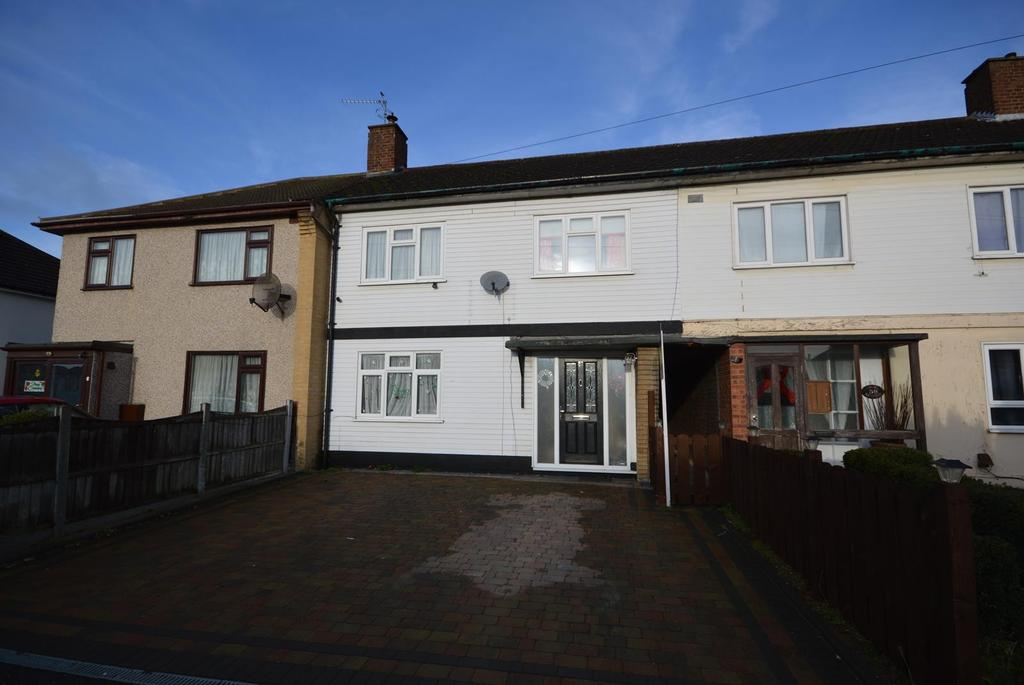 3 Bedrooms Terraced House for sale in Retford Road, Romford, RM3