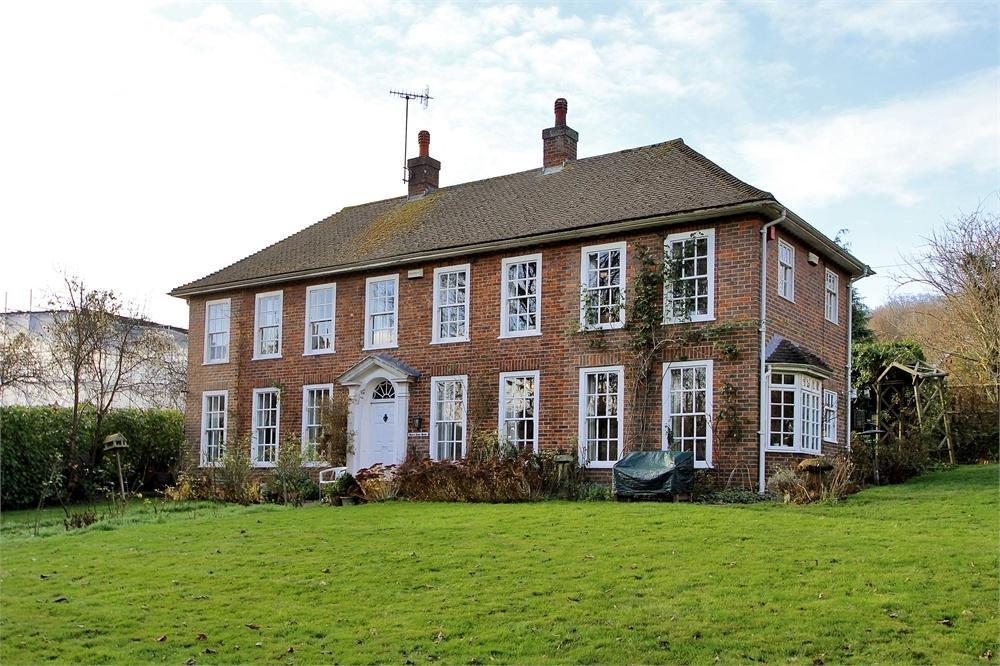 5 Bedrooms Detached House for sale in Mill Lane, Shoreham, Sevenoaks