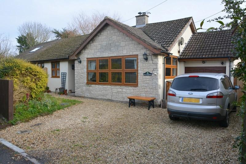 4 Bedrooms Detached Bungalow for sale in South Close, Lympsham, Weston-Super-Mare
