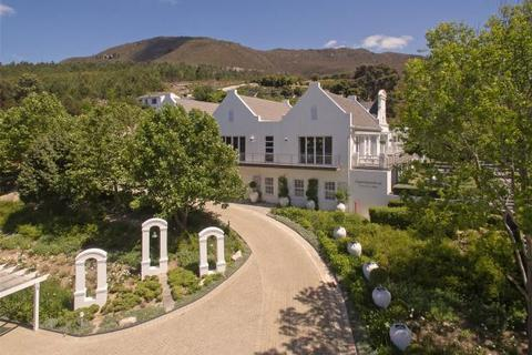 9 bedroom country house  - Bona Dea Estate, Hemel-En-Aarde Valley, Hermanus, Western Cape