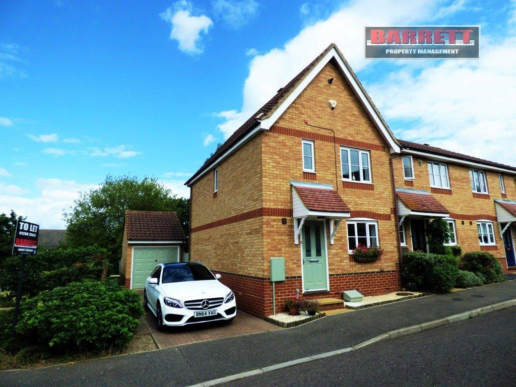 3 Bedrooms End Of Terrace House for rent in Heron Close, Rayleigh, Essex