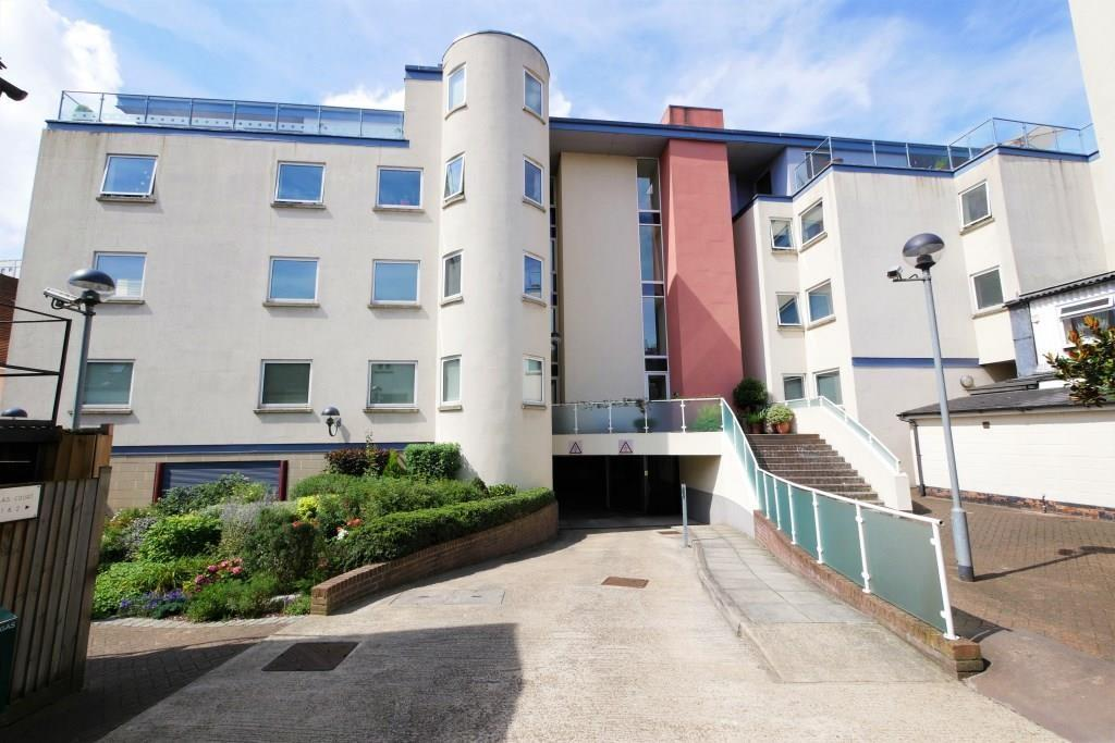 2 Bedrooms Apartment Flat for sale in St Nicholas Court, Ipswich