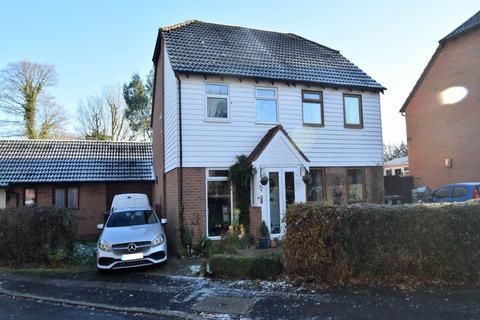 2 bedroom semi-detached house to rent - Hepplewhite Mews , Chatham, Kent