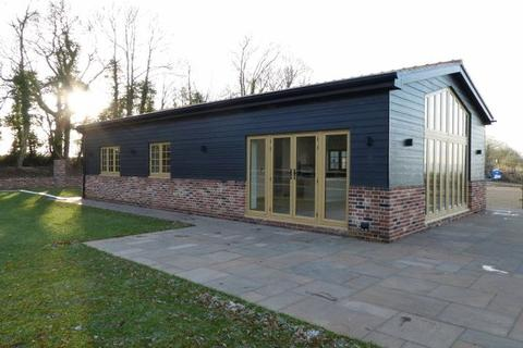 3 bedroom detached bungalow to rent - Shingle Barn Lane, West Farleigh