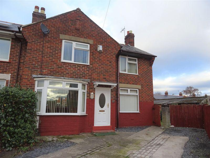 3 Bedrooms End Of Terrace House for sale in Glan Aber, Wrexham