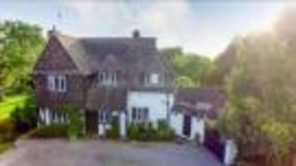 4 Bedrooms Detached House for sale in Church Street, Hale Village