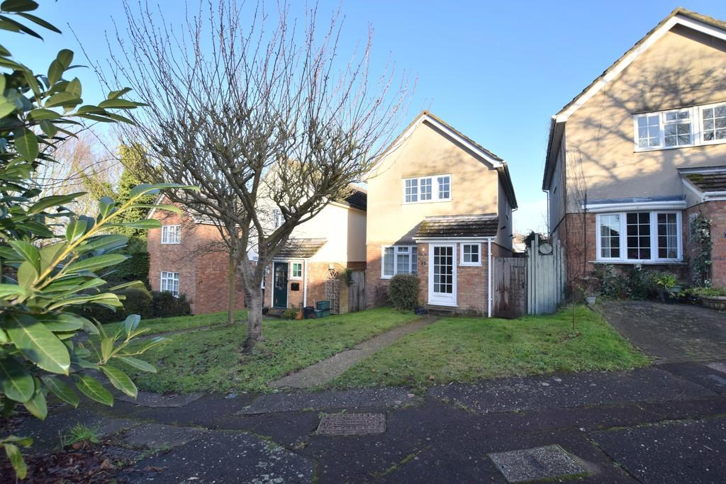4 Bedrooms Detached House for sale in St. Albans Road, Colchester CO3 3JQ