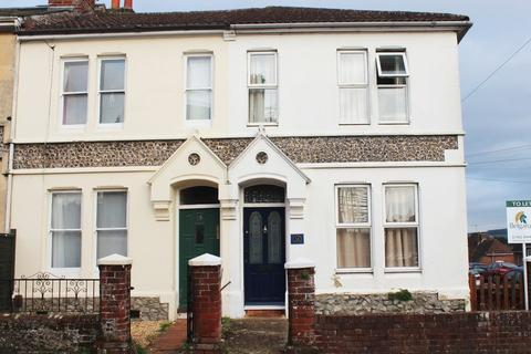 4 bedroom end of terrace house to rent - Canute Road, Winchester, SO23