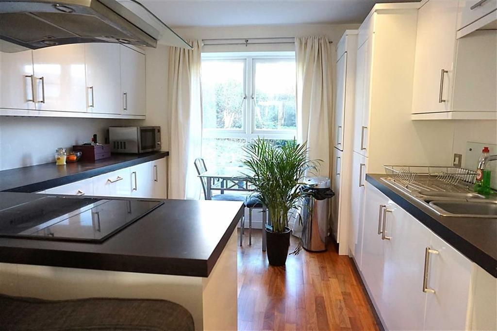2 Bedrooms Apartment Flat for sale in Station House Apartments, Hessle, Hessle, HU13