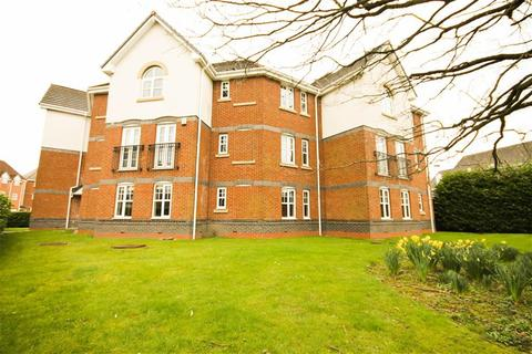 2 bedroom flat to rent - Cromwell Avenue, Stockport, Cheshire
