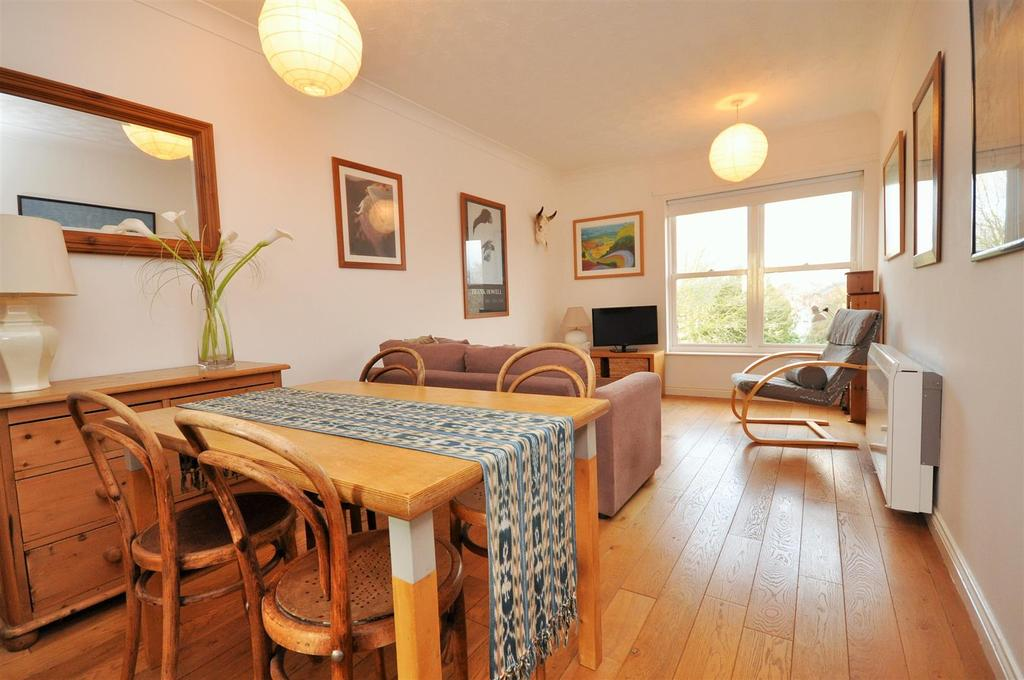 1 Bedroom Apartment Flat for sale in Postern Close, Bishops Wharf, York, YO23 1JF