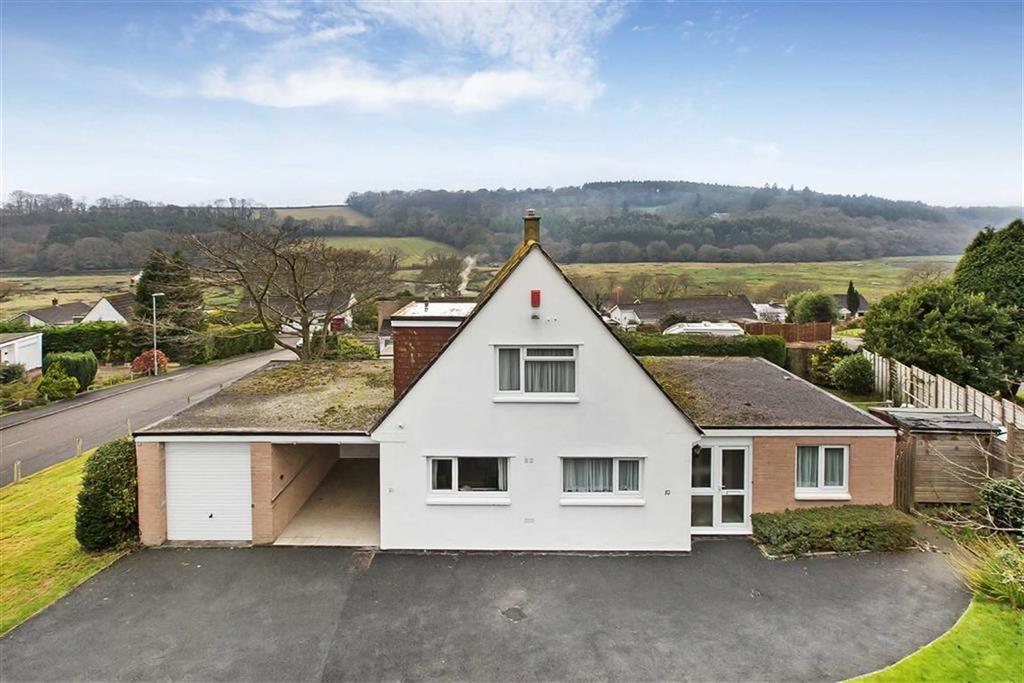 4 Bedrooms Detached House for sale in Eliot Drive, Saltash, Cornwall, PL12