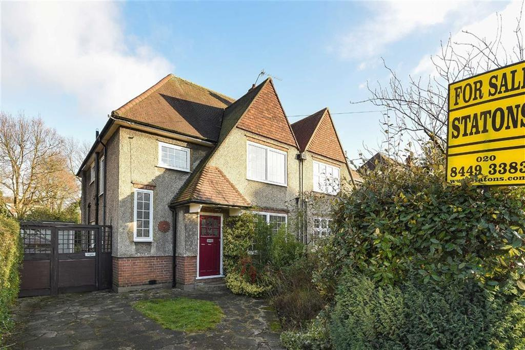 4 Bedrooms Semi Detached House for sale in Queens Road, High Barnet, Hertfordshire