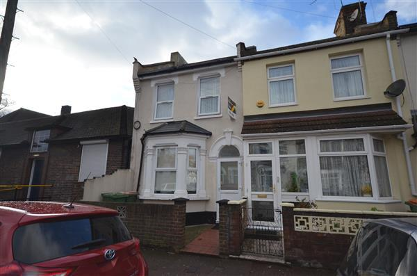 4 Bedrooms End Of Terrace House for sale in Altmore Avenue, East Ham