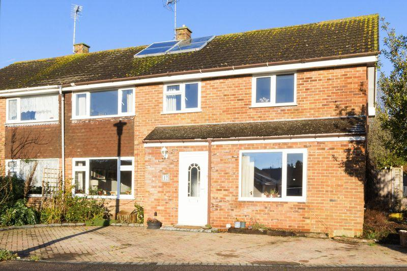 4 Bedrooms Semi Detached House for sale in Ethelburga Drive, Lyminge