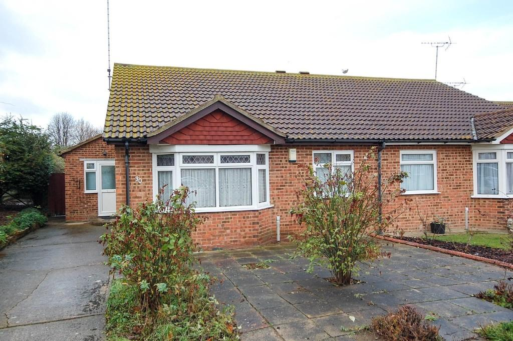 2 Bedrooms Semi Detached Bungalow for sale in Woodland Road, Herne Bay
