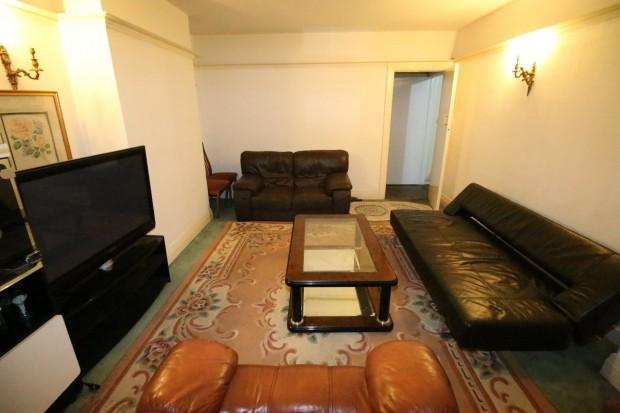 3 Bedrooms Semi Detached House for rent in Nelson Gardens, HOUNSLOW, TW3