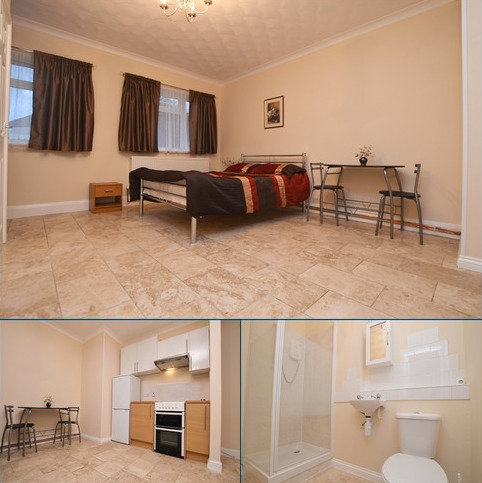 Studio to rent - Green Lane London SE9