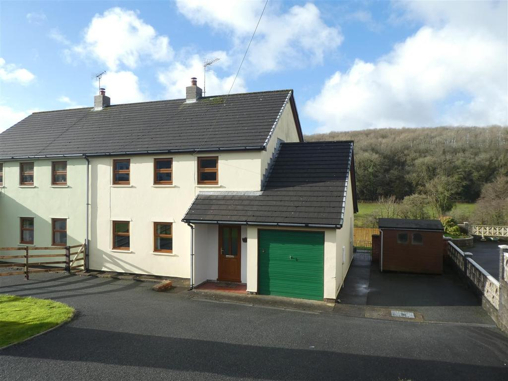 3 Bedrooms House for sale in Cribyn, Lampeter