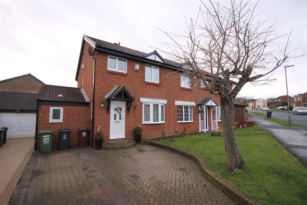 3 Bedrooms Semi Detached House for sale in Hayston Road, Deer Park, Hartlepool