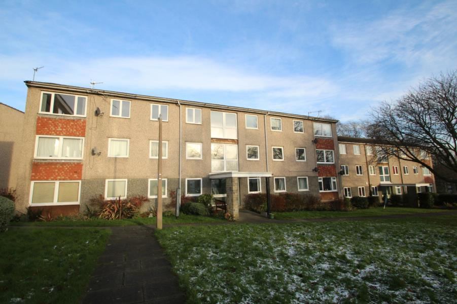 3 Bedrooms Apartment Flat for sale in HOYLE COURT AVENUE, BAILDON, SHIPLEY, BD17 6ET