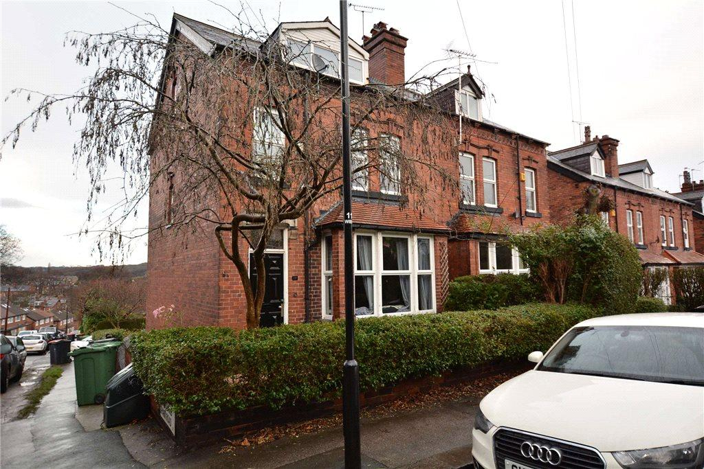 7 Bedrooms Semi Detached House for sale in Wood Lane, Headingley, Leeds