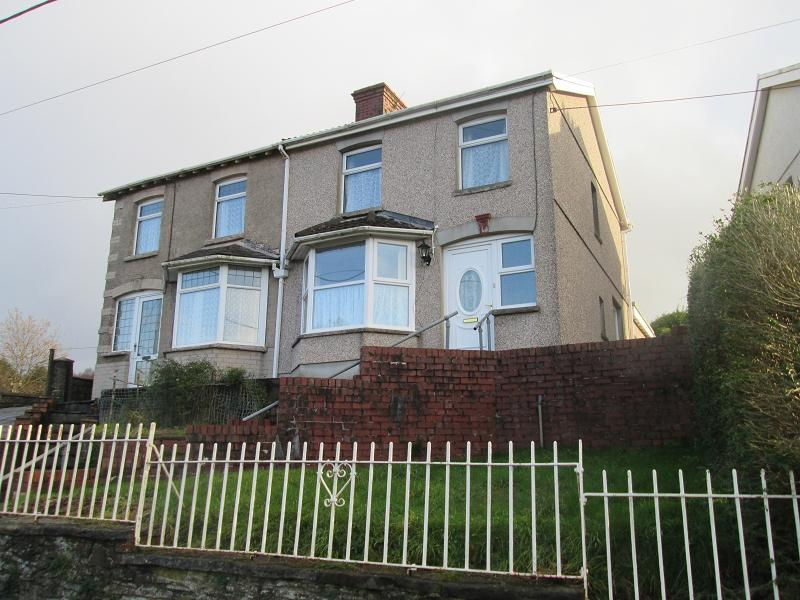 3 Bedrooms Semi Detached House for sale in Highland Terrace, Pontarddulais, Swansea, City And County of Swansea.