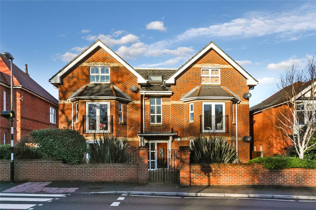 2 Bedrooms Flat for sale in Belle Vue Road, Bournemouth, Dorset, BH6