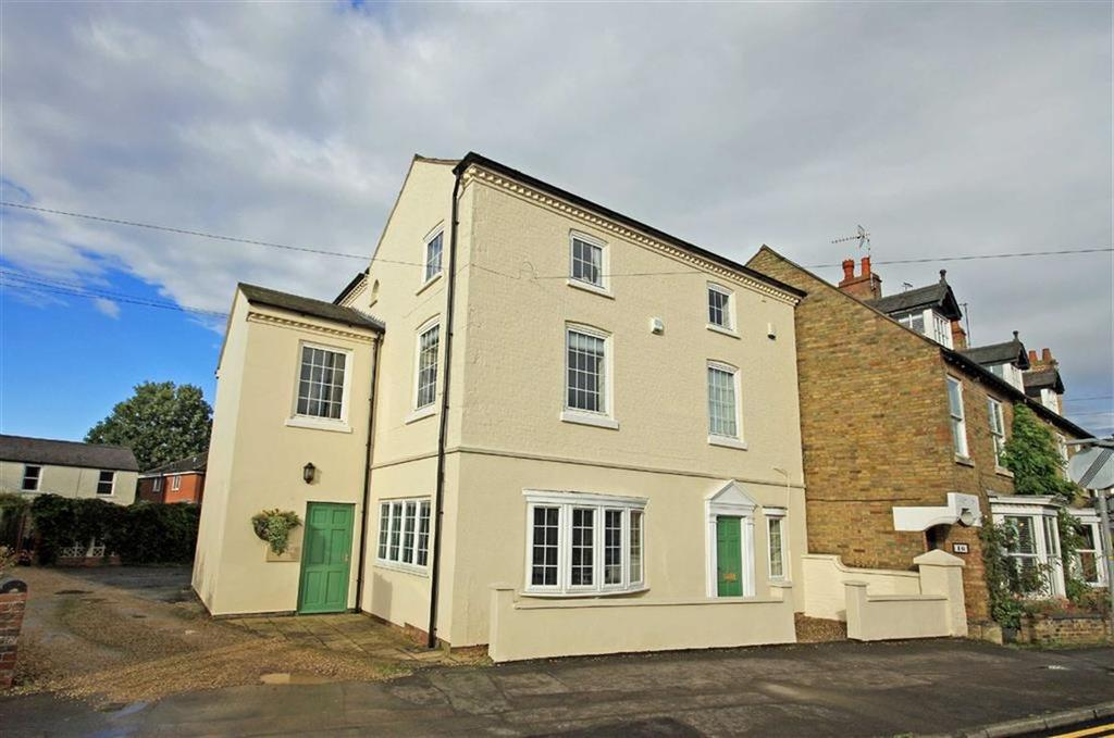 4 Bedrooms Town House for sale in Leicester Road, Uppingham, Rutland