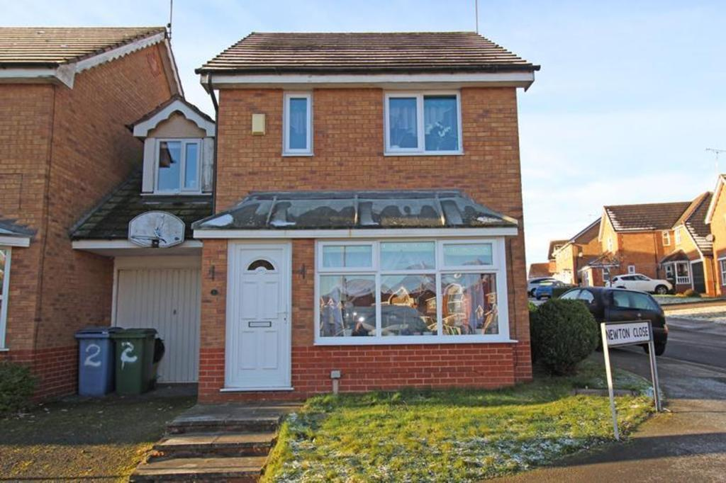3 Bedrooms Link Detached House for sale in 2 Newton Close, Worksop