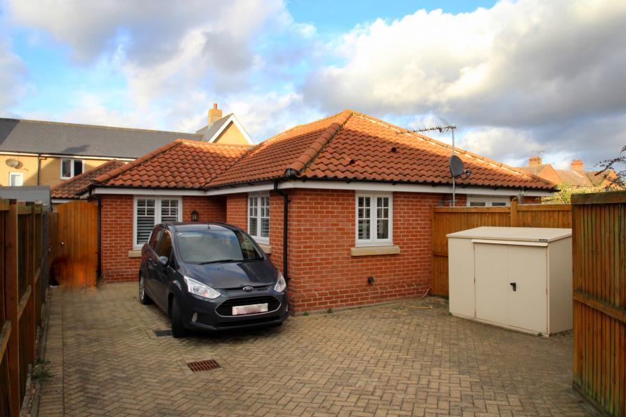 2 Bedrooms Detached Bungalow for sale in Elstar Lane, Great Horkesley, Colchester, Essex