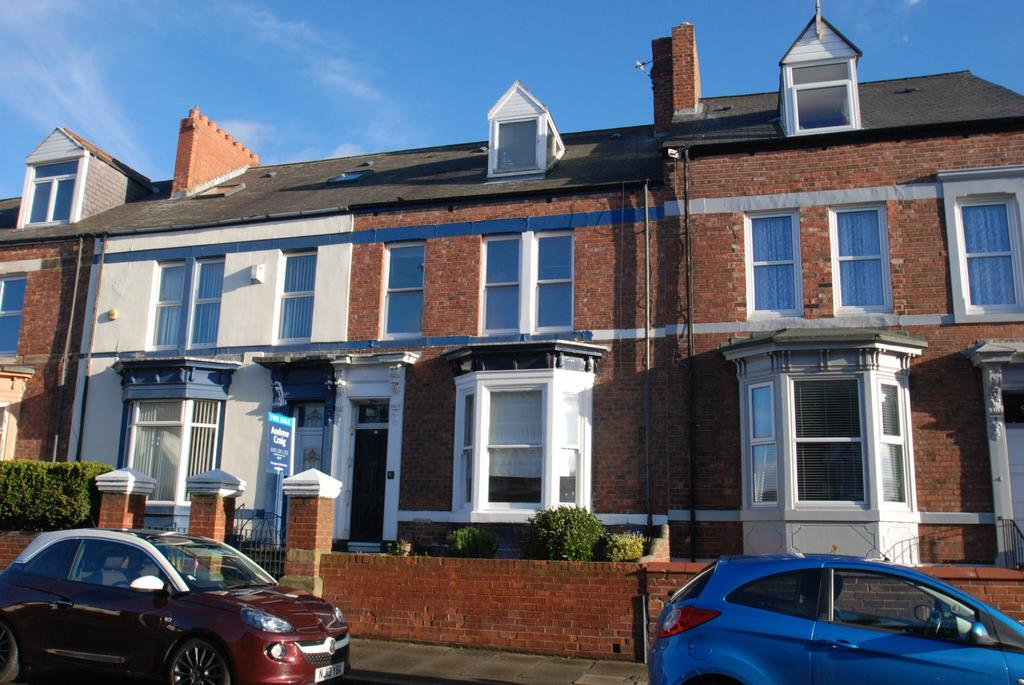 4 Bedrooms Terraced House for sale in Stanhope Road, South Shields