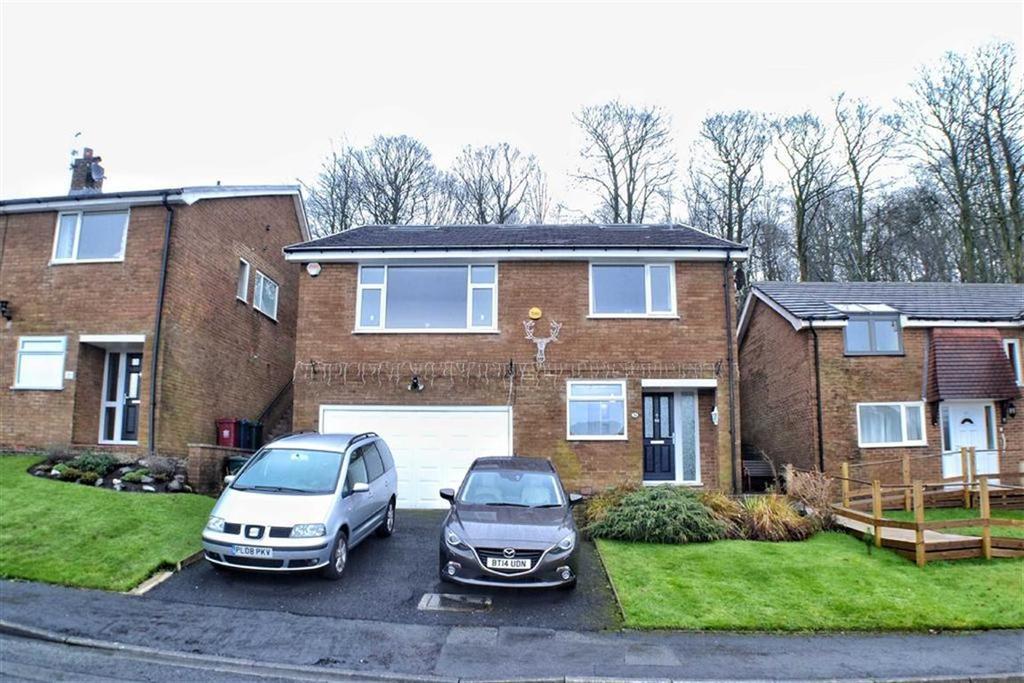 4 Bedrooms Detached House for sale in Woodcrest, Blackburn