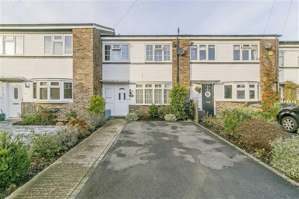3 Bedrooms Terraced House for sale in Tonbridge Close, Banstead, Surrey