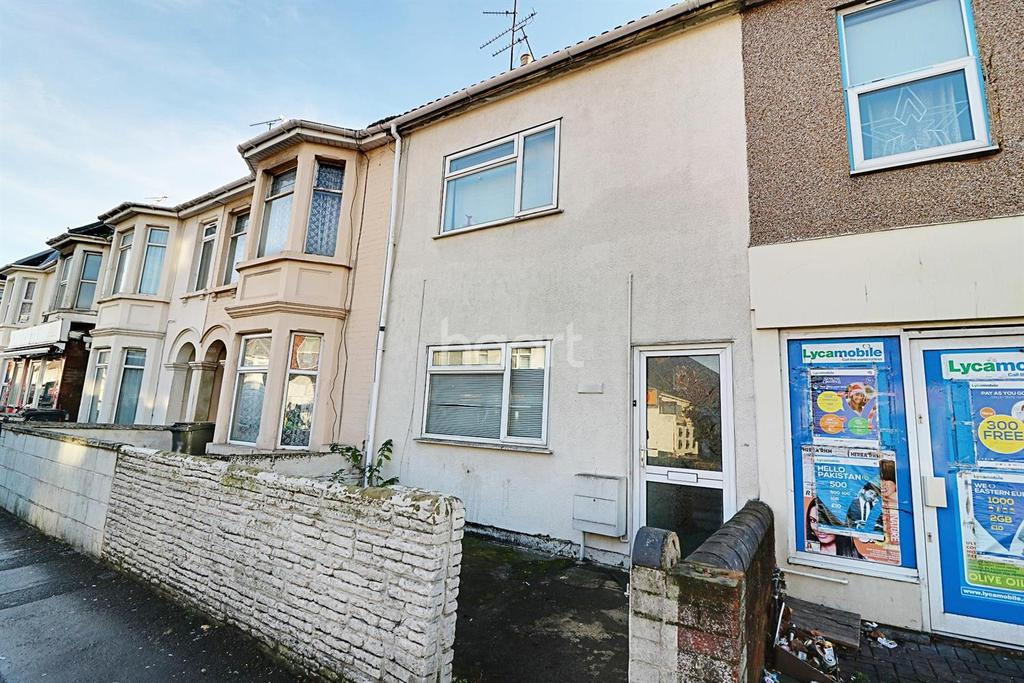 3 Bedrooms Terraced House for sale in Manchester Road, Swindon, Wiltshire