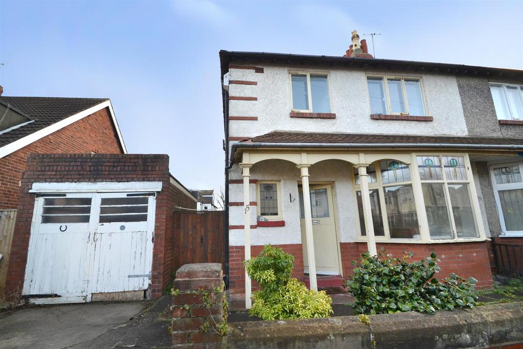3 Bedrooms Semi Detached House for sale in Tynedale Avenue, Whitley Bay