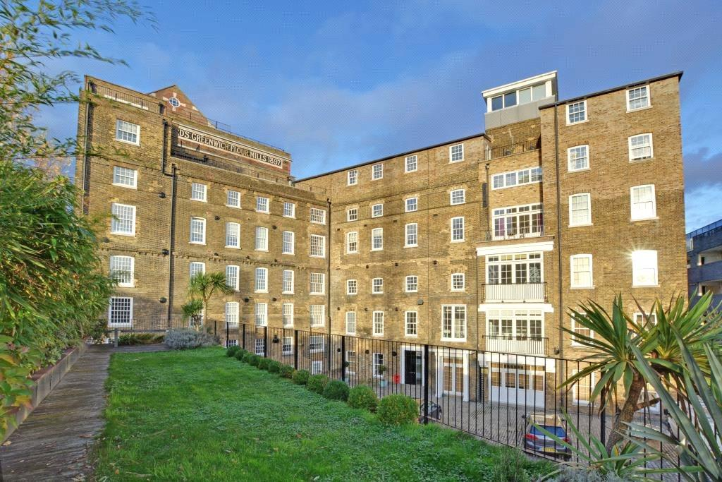 2 Bedrooms Flat for sale in Main Mill, Mumford Mills, Greenwich, London, SE10
