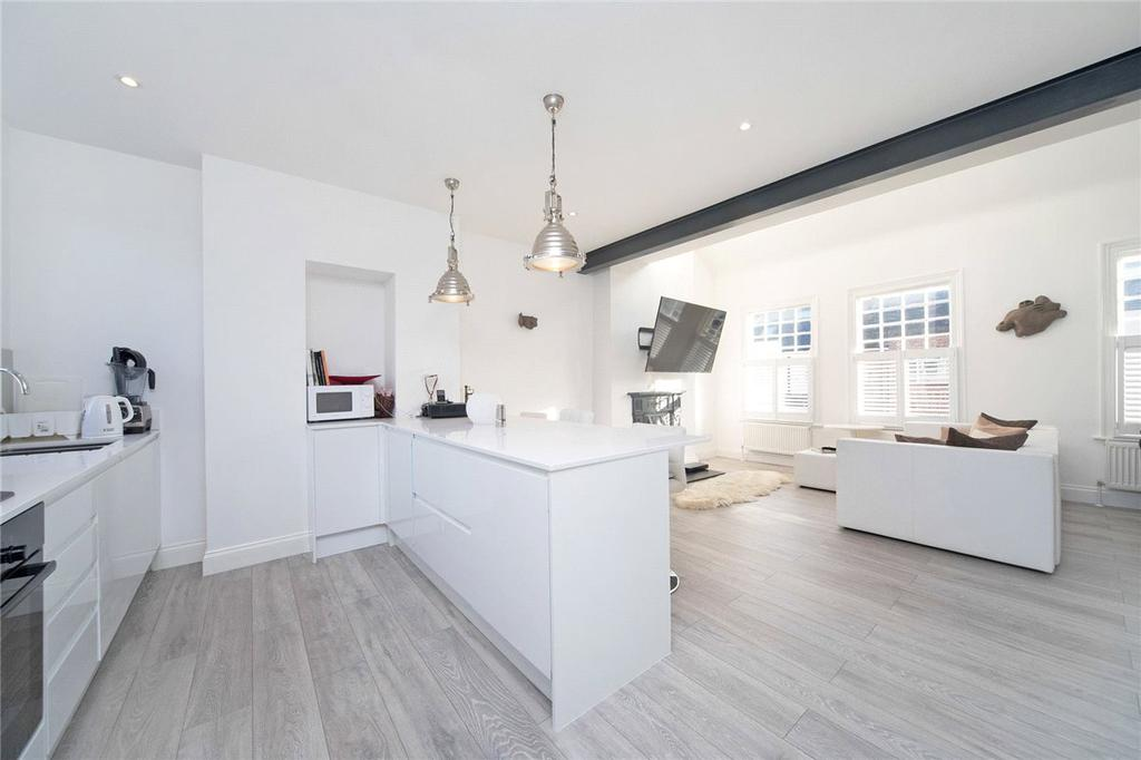 2 Bedrooms Apartment Flat for sale in Colehill Lane, London, SW6