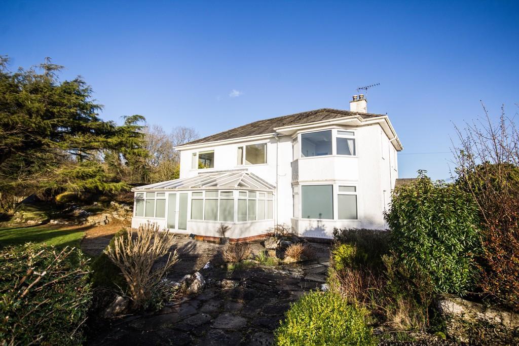 4 Bedrooms Detached House for sale in Cardrona Road, Grange-Over-Sands